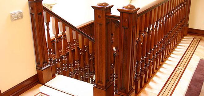 Как сделать лестницу на второй этаж своими руками: расчет